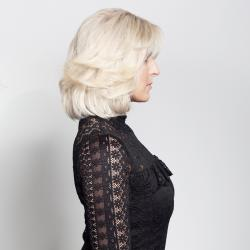 General Stock Wigs Platinum blond